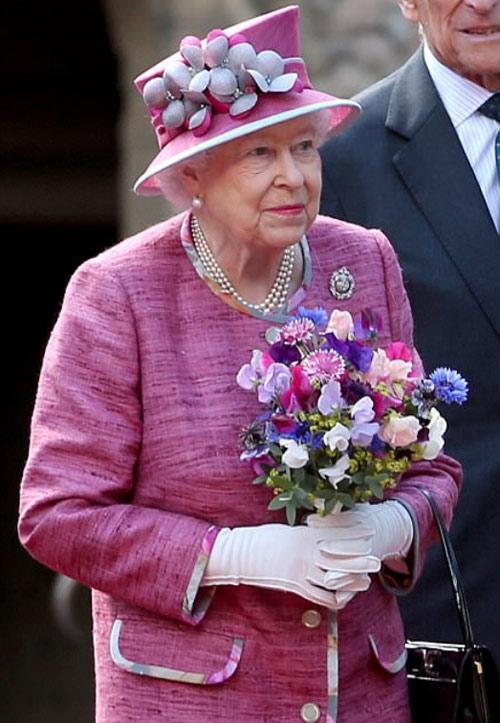 揭秘英国王室成员着装守则 每一件都是艺术作品